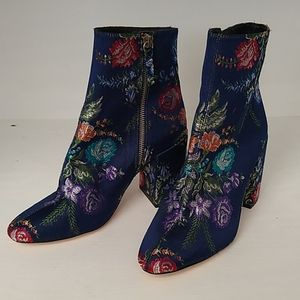 Zara Basic blue floral booties - size 37 US 7